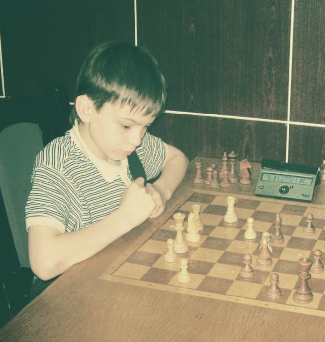 Картинки по запросу фото Арсений Котов шахматы